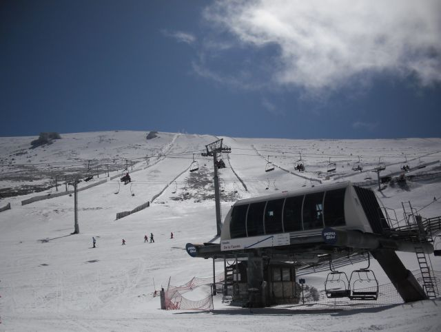 Valdesqui, Snowboarden und Skifahren in Madrid