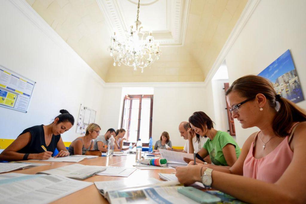In einer Sprachschule auf Malta Englisch lernen