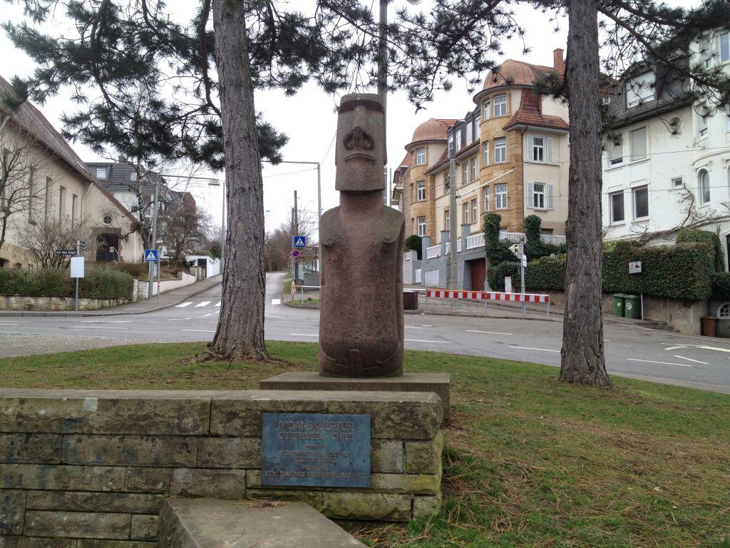 Moai-Statue Santiago-de-Chile-Platz Stuttgart