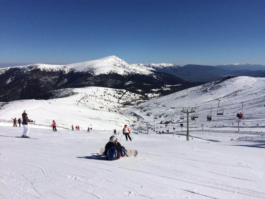 Snowboarden im Skigebiet Valdesqui