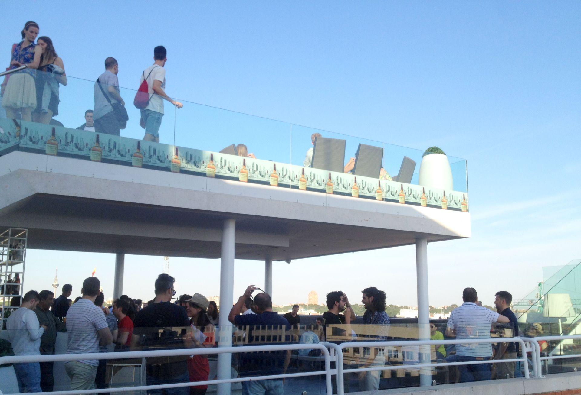 Rooftop Bar Madrid NH Suecia